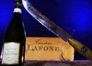 – NEW – Sabrage Experience in a Champagne cellar